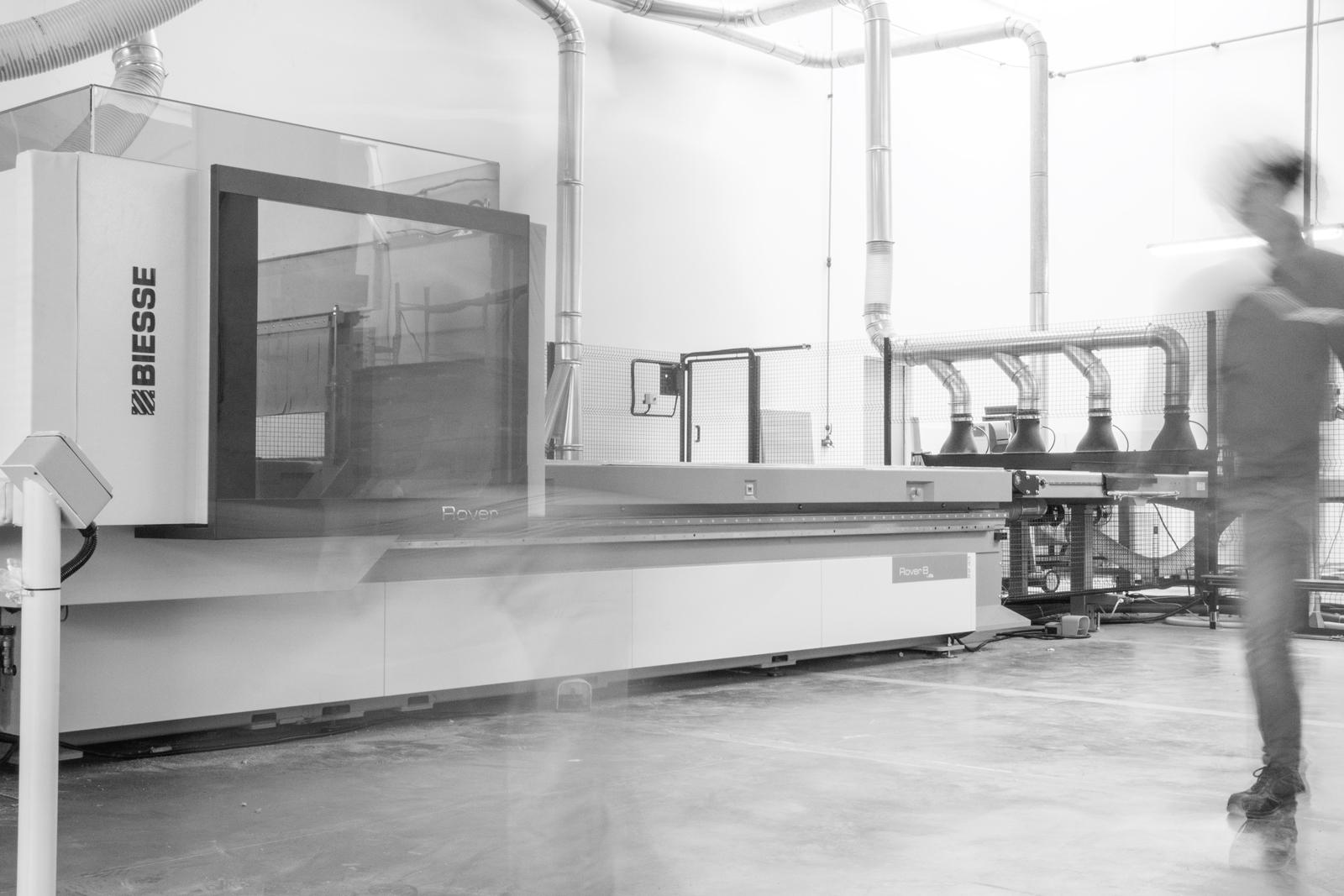 Bmt azienda macchinari biesse produzione accessori arredo for Arredo bagno produzione