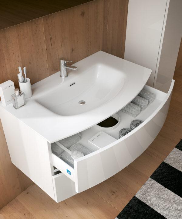 Moon bmt arredo bagno for Fabbrica mobili torino